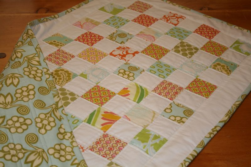 Table runner and calls 003